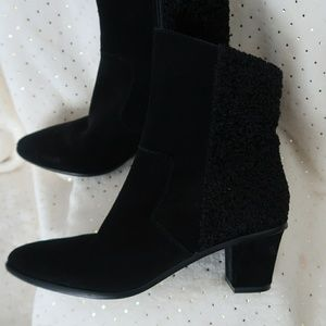 Lori Goldstein Coralie Leather/textile booties